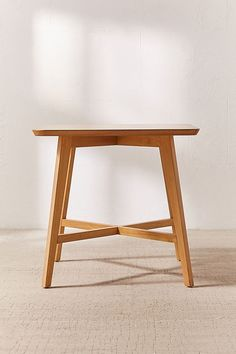 Slide View: 2: Marte Dining Table