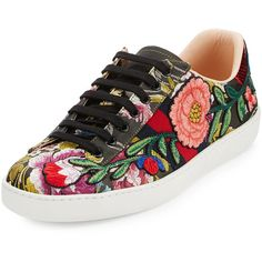 Gucci New Ace Men's Floral Leather Low-Top Sneaker ($790) ❤ liked on Polyvore featuring men's fashion, men's shoes, men's sneakers, black pattern, men's shoes sneakers, mens shoes, mens low profile shoes, mens snake skin shoes, mens leopard print shoes and mens floral shoes