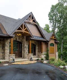 Stone Ridge // Luxury Home built by Buchanan Construction – House Rustic Houses Exterior, Craftsman Exterior, Exterior House Colors, Stone On House Exterior, Exterior Paint Colors For House With Stone, Home Exterior Design, Luxury Homes Exterior, Craftsman Ranch, Bungalow Exterior