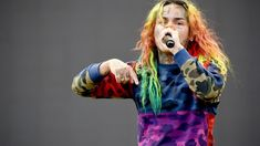 """Tekashi 69's kidnapper Anthony 'Harv' Ellison has been sentenced to more than 20 years in prison. Sentencing occurred on Wednesday (November 4th) in a federal court in NYC according to TMZ. Ellison was charged on racketeering, kidnapping and assault. Along with the 24 years behind bars, Ellison will have five year supervision after his release. Anthony 'Harv' Ellison (TMZ) Tekashi 69 a year ago took the stand where he identified Ellison as the kidnapper. 69's """"snitching"""" and the recorded footage Rapper Costume, Hip Hop News, Weird News, Best Rapper, News Track, 24 Years, Kinds Of Music, New Trends, Prison"""
