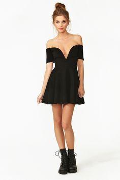 Mini black dress! Go classie for party!