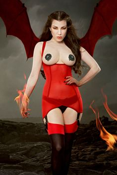 Cupless Vargas Dress | Kiss Me Deadly