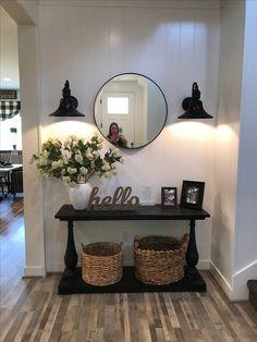 Decor Home Living Room, Home And Living, First Apartment Decorating, Home Decor Inspiration, Decor Ideas, Entryway Decor, Entrance Decor, My New Room, Home Interior Design