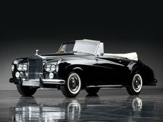 1965 Rolls-Royce Silver Cloud III Drophead Coupe by Mulliner Park Ward | The Don Davis Collection 2013 | RM AUCTIONS
