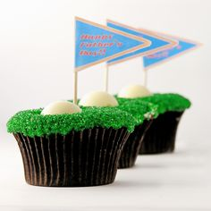 Say Happy Father's Day to your Favorite Dad with these Super Cute Golf Hole in One Cupcakes from Easybaked!
