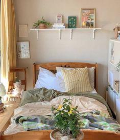 Room Design Bedroom, Room Ideas Bedroom, Home Bedroom, Bedroom Decor, Bedroom Inspo, Bedrooms, Indie Room, Aesthetic Room Decor, Cozy Room
