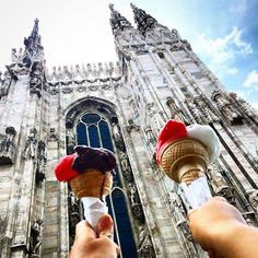 "Evangelina 👸 az Instagramon: ""Oui,moi aussi,je suis amoureuse de cette Cathedrale ... éperdument🤫 🥰🥰🥰🥰🥰🥰🥰🥰🥰🥰🥰🥰 #Duomo#icecream#Milan…"" Milan, Oui, Ice Cream, Foods, Instagram, No Churn Ice Cream, Food Food, Food Items, Icecream Craft"