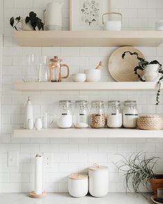 White And Neutral Kitchen Interior Design With Open Shelving And Organized Styled Kitchen Shelves With Natural Home Decor And Storage Containers For Food Home Design, Küchen Design, Interior Design, Interior Paint, Kitchen Shelves, Kitchen Decor, Boho Kitchen, Kitchen Nook, Open Kitchen
