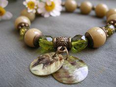Green pearl glass bracelet