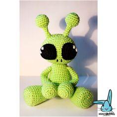 Crochet Amigurumi Alien : 1000+ images about Alien on Pinterest Aliens, Amigurumi ...