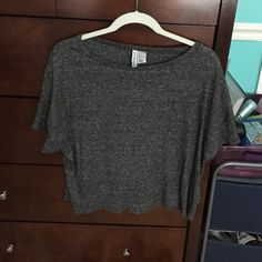 top short sleeve, flowy/loose, really comfy, mint condition, not crop top but a little shorter than a normal shirt! H&M Tops Tees - Short Sleeve