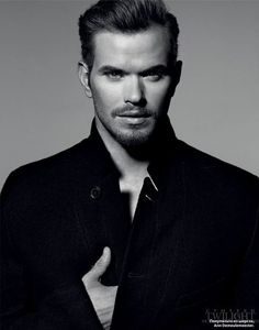 Kellan Lutz | Ethnicity: 62.5% German, 12.5% Dutch, 12.5% British, 12.5% Scandinavian