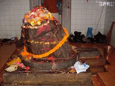 kedarnath ling - The Head of Sri Kedarnath Bull