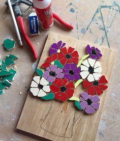 On my studio table today mosaic anemones workinprogress wip instaart instartist flowers art nature Mosaic Garden Art, Mosaic Flower Pots, Mosaic Pots, Mosaic Glass, Mosaic Tiles, Glass Art, Mosaic Artwork, Mosaic Wall Art, Tile Art