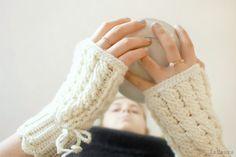 guantini in lana senza dita con treccia a crochet