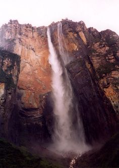 Angel Falls Pictures - The Highest Waterfall in the World