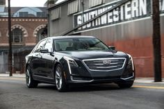 The Cadillac CT6 flagship sedan returns for the 2017 model year with a few tech updates and a starting MSRP of $53,495