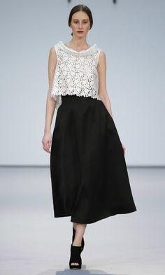 Las nueve tendencias que vestirán las invitadas el año que viene - Foto 11