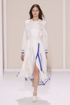 Spring 2016 RTW Hermès Collection
