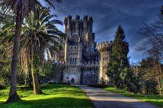 Castillo de  Butron. Vizcaya. España