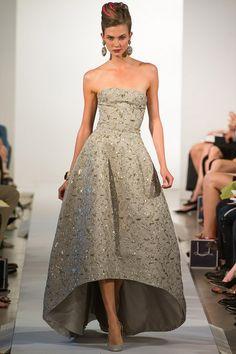Oscar De La Renta Spring 2013 Sequin Embellished Gown Photograph