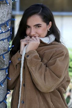 "Marta: ""Me encantaría maquillar a Damion""- RevistaDiezminu Crushes, Turtle Neck, People, Beauty, Fashion, Celebrity Photos, Storage, Display, Backgrounds"