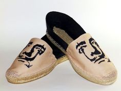 Alpargatas bordadas de diseño Salvador Dalí
