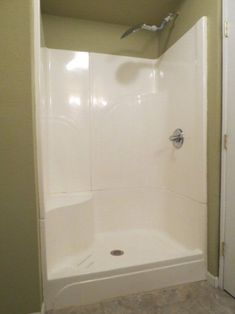 Replace tub/shower combo with seamless shower unit. Like the seat in this one. Shower Kits, Diy Shower, Bathtub Shower, Compact Bathroom, Small Bathroom, Replace Tub With Shower, Mobile Home Bathrooms, Dream Bathrooms, Fiberglass Shower Stalls