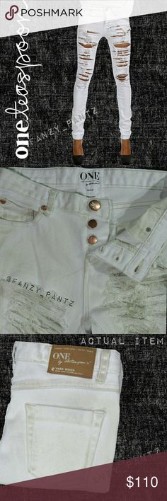"""✅ One Teaspoon Yard Birds skinny dirty jeans 28 Edgy little Yardbirds jeans~ ~ dirty white, destroyed, shredded, & tattered ~ extra skinny ~ mid rise ~ ankle length 29.25"""" inseam ~ stretch ~ thrashed by design, original damage only ~ all unmodeled photos are original images of actual items ~ all stock photos are identical style/wash ~ SOLD OUT online  Full measurements & item detail in photo 7  NO trades REASONABLE offers welcome                   - OR- ✳Hit 'add to bundle' and I will send a…"""