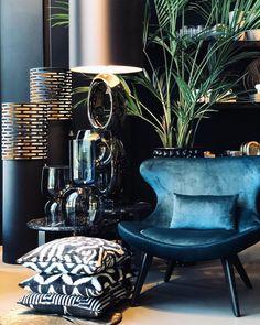 More pins like this -> Elegant Interior Designs ∘・゚ Living Room Modern, Living Room Designs, Living Room Decor, Luxury Homes Interior, Home Interior Design, Interior Inspiration, Home Furniture, House Design, Decoration