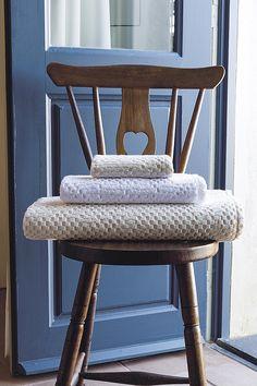 Serviette de toilette gauffre fantaisie 30x50cm stone: Amazon.fr: Cuisine & Maison