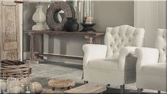 francia vidéki stílusú lakberendezés Chesterfield Chair, Country Chic, Vintage Designs, Entryway Tables, Accent Chairs, Shabby Chic, Loft, Modern, Furniture