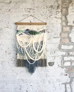 """511 mentions J'aime, 52 commentaires - Kat King Tapestries (@katkingtapestries) sur Instagram : """"Shipped off this custom piece today! Enjoy your forever home in Arkansas . . . #katkingtapestries…"""""""