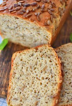 Chleb pełnoziarnisty ze słonecznikiem na miodzie - etap 1
