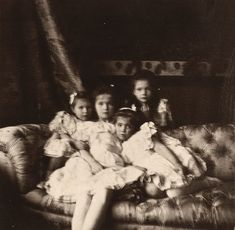 Rare photograph of the little Grand Duchesses of Russia in August 1904. Photo source: vk/lastromanovs