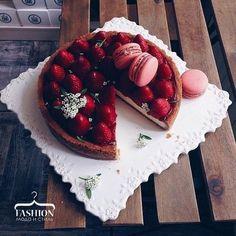 Image via We Heart It https://weheartit.com/entry/148604753 #berries #cupcake #desserts #food #fruit #еда #фрукты