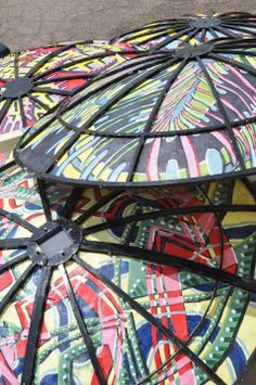 Satellite Dishes Repurposed into Patio Cover Recycled Art Recycling Metal Garden Parasols, Patio Umbrellas, Mosaic Birdbath, Satellite Dish, Yard Design, Recycled Art, Outdoor Art, Outdoor Ideas, Crafts To Make