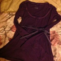 American Eagle shirt Purple American Eagle shirt, size small, used w/some minor hole that can easily be fixed/ tailored , but otherwise in perfect condition , great fit, classic shirt American Eagle Outfitters Tops