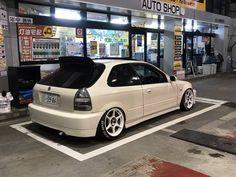 Civic Jdm, Honda Civic Hatchback, Honda Crx, Honda Civic Type R, Ek Hatch, Slammed Cars, Street Racing Cars, Tuner Cars, Japan Cars