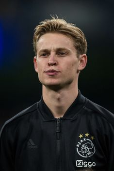 """"""" Frenkie de Jong of Ajax during the UEFA Champions League Round of 16 Second Leg match between Real Madrid and Ajax at Santiago Bernabeu on March 2019 in Madrid, Spain. (Photo by TF-Images/Getty Images) Watch Football, Pep Guardiola, Soccer Boys, Football Wallpaper, Uefa Champions League, Liverpool Fc, Lionel Messi, Fc Barcelona, Football Players"""