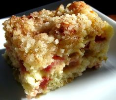 Rhubarb Cake - not the best rhubarb dessert I've had, but definitely tasty (and much healthier than the others we've tried)! Almost like a rhubarb coffee cake. I cut back of butter for the crumb topping. Rhubarb Desserts, Rhubarb Cake, Just Desserts, Delicious Desserts, Yummy Food, Rhubarb Zucchini Bread, Rhubarb Crumble, Baking Recipes, Gourmet