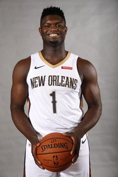 Zion Williamson S Exceptional Nba Debut Provides New Orleans is the perfect High Quality NBA basketball wallpaper with HD Resolution. = Click image or visit button for Best Quality and any Zion Williamson S Exceptional Nba Debut Provides New Orleans Image Collection, and watch live of NBA playoff for Free on basketball.4ksporttv.com #zionwilliamsonsexceptional #zionwilliamsons #zion #neworleanspelicans #basketballcourt #sportify #basketballforlife #sporttime #nbaplayoffs Basketball Wallpapers Hd, Mac Screensavers, New Orleans Pelicans, Duke Blue Devils, Nba News, Nba Playoffs, Crescent City, Nba Basketball, Workout