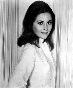 Barbara Parkins  - played Betty Anderson on television series Peyton Place .  She also had a leading role in Valley of the Dolls.