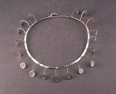 Alexander Calder / Necklace / silver wire / c. 1945