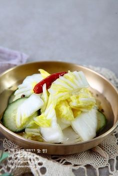 K Food, Korean Food, Kimchi, Pickles, Cabbage, Food And Drink, Cooking Recipes, Dishes, Vegetables