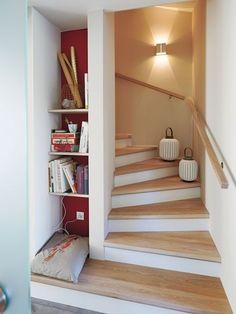 Smart Home Lösungen Verwünschung Segen oder nur Spielerei - dolores Stairs In Living Room, House Stairs, Room Interior, Interior Design Living Room, Smart Home, Halls, Staircase Design, Cabana, Home Renovation