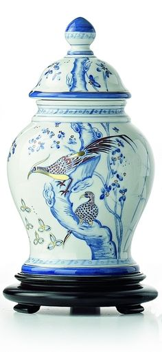 MAISON&OBJET, professional trade fair dedicated to lifestyle, decoration and design. Painted Silk, Hand Painted, Golden Pheasant, Ginger Jars, Floral Motif, Miami, Chinese, Vase, Artists