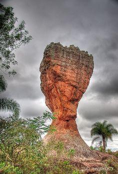 O Cálice ( The Cup) Parque Nacional de Vila Velha , Paraná, Brazil.