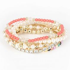 Korean exquisite fashion hear pendant decorated with rhinestones openings charm bracelet bangle  Charm,swank,premier,unparalleled  wholesale fashion jewelry
