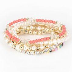 Korean exquisite fashion hear pendant decorated with rhinestones openings charm bracelet bangle  Charm,swank,premier,unparalleled  wholesale fashion jewelry